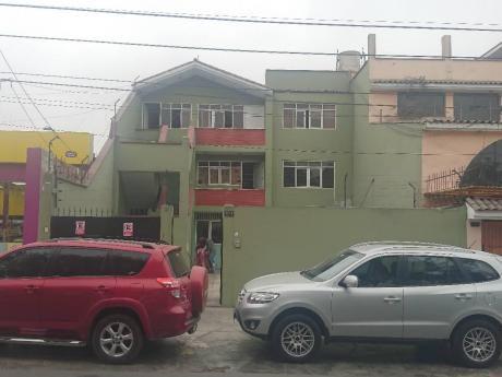 Id 59608 - Se Alquila Casa De Tres Pisos