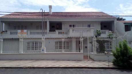 Lujosa  Residencia:  6  Dormitorios En Suite