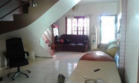 Vendo Casa En El Km. 8 Acaray (losa De 2 Plantas)