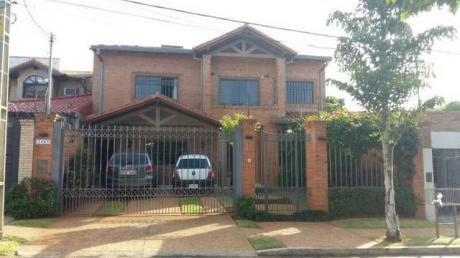 Vendo Residencia A Pasos De La Municipalidad De Asuncion Bella !!! Cerca De Todo