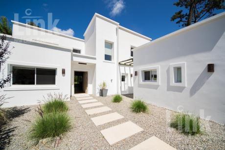 Casa - La Arbolada