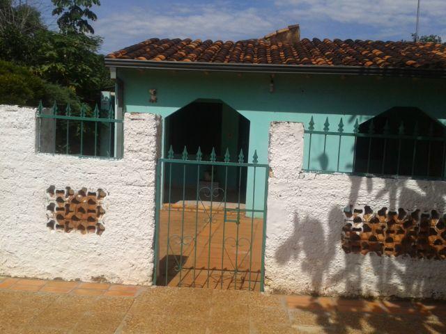 Oferton Vendo Casa En Ycuadure, Luque A Cuadras De Las Residentas