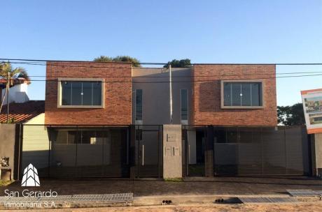 Casa - Villa Adela