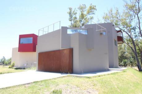 Excepcional Casa En Colonia Del Sacramento