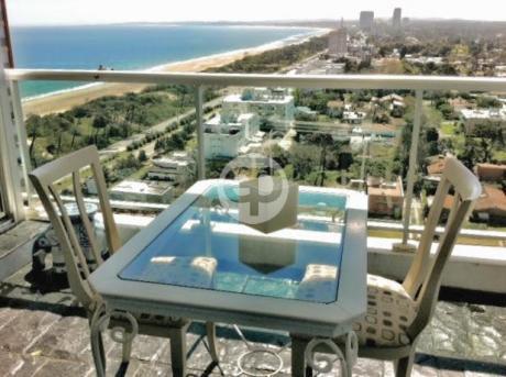 Departamento - Playa Mansa