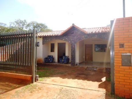 Hermosa Casa En Luque
