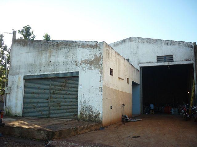 Ganga Km 8 A Una Cuadra De Ruta Int.7 Deposito Con Oficina.