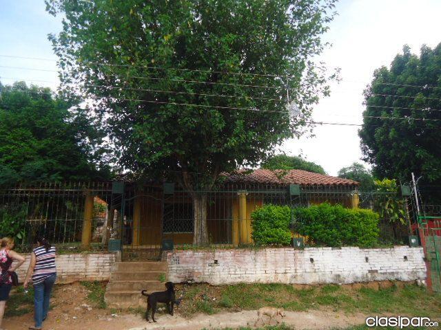 Vendo Casa En Fernando De La Mora Zona Sur..cod: CL 372