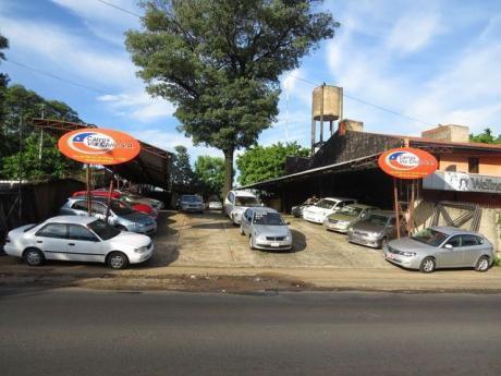 Vendo Terreno Con Oficinas Sobre Mcal Lopez Zona Super Seis Fdo De La Mora 900mt2tr0981239939
