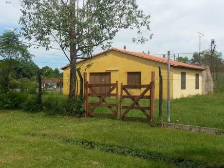 Villa Florida Sobre Ruta Frente A Copaco Alquilo Casa Con Terreno