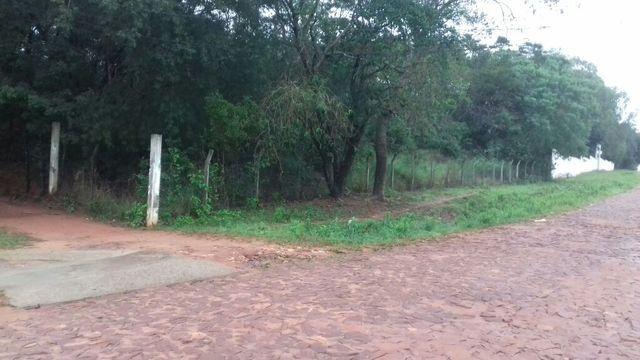 Terreno 2862 M2. Liquido En Yaguaron Sobre Empedrado