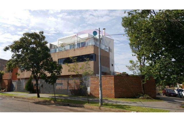 Vendo Hermoso Duplex/ Triplex En Asunción - San Cristobal