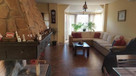 Impecable, Casa Mas Apartamento, Piscina, Si Banco