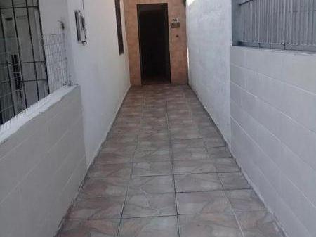 Apartamento Tipo Casa, A 50 Metros De Avenida Centenario, Si Banco!