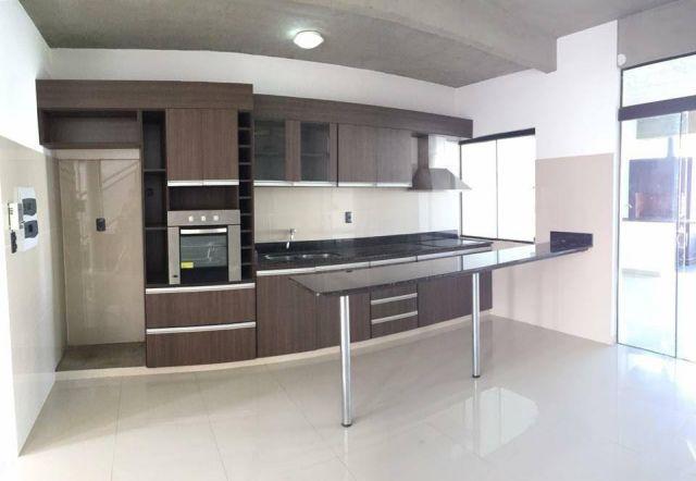 En Venta Moderno Duplex A Estrenar De 3 Dormitorios Zona Laurelty/laguna Grande.