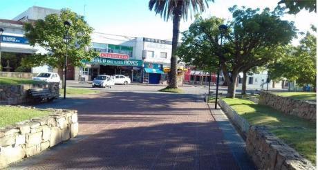 Hotel En Pleno Centro De Maldonado,con Clientela Fija