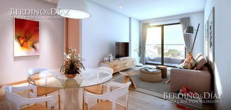 Hermoso Apartamento De 1 Ambiente, Excelente Construcción Y Ubicación