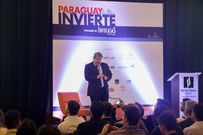Las nuevas demandas en Asunción de la mano de nuevas generaciones