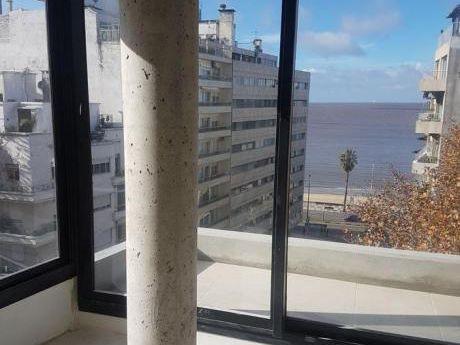 Pent House Duplex Estrena Casi  Rambla , 2 Dormitorios Amplias Terrazas  Con Parrillero Propio, Amenities.