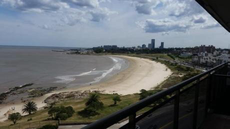 Apartamento - Malvín. Vista Al Mar