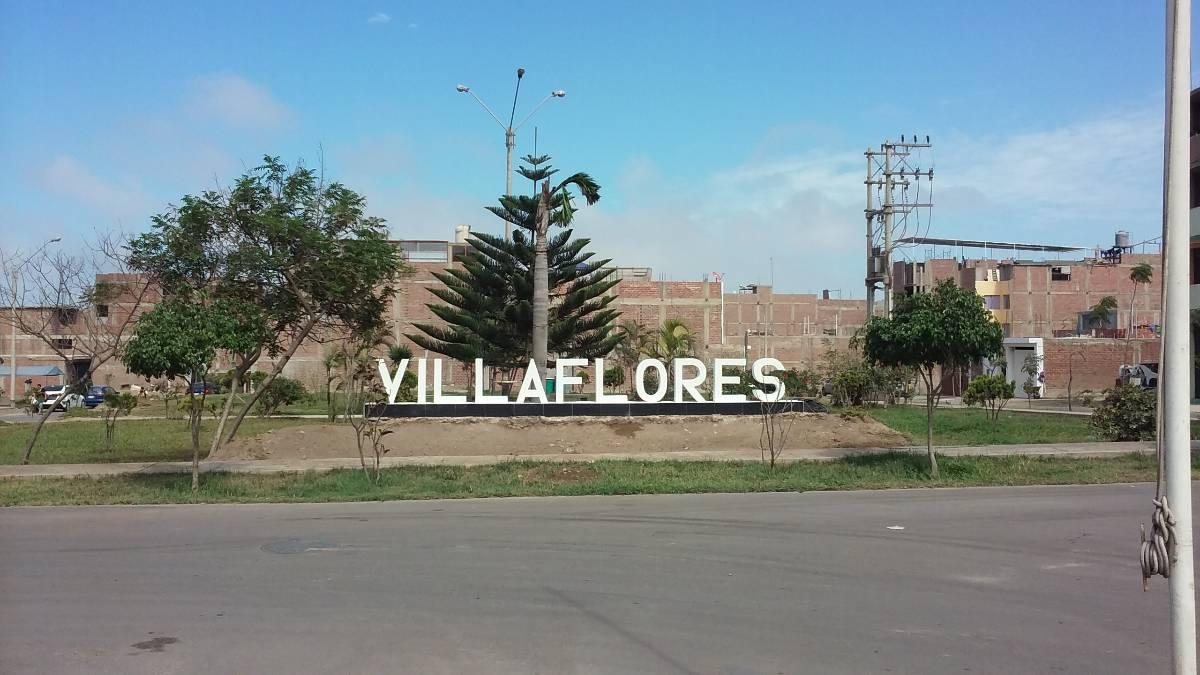 Casa 2 Pisos Aires Urb Villa Flores Villa El Salvador